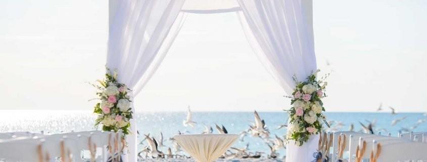 decoracion-playa-boda-845x321